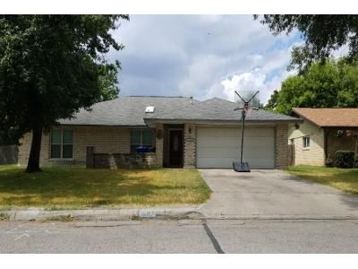 4 Bed 2 Bath Preforeclosure Property in San Antonio, TX 78240 - Babe Ruth St