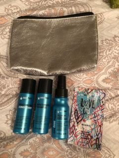New sexy hair travel set