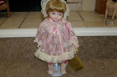 $45 Seymour Mann Porcelain Doll---Cry Baby Joanne