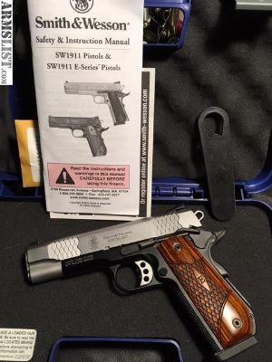 For Sale: S&W SW1911Sc E-Series, Round Butt, Scandium Frame