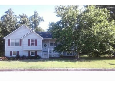 3 Bed 2.0 Bath Preforeclosure Property in Dallas, GA 30157 - Princeton Dr