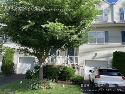 Well-Maintained 2-Bedroom Townhome for Rent - 543 Onward Avenue - French Creek Estates