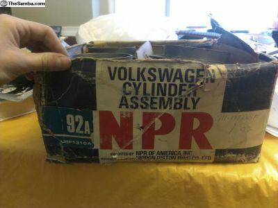 NOS NPR 92mm piston set
