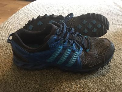 Adidas run strong sneakers size 10.5
