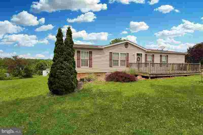 411 Hill Rd ROBESONIA Three BR, Attractive manufactured home