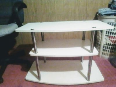 Mainstay white tv stand