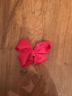 Little pink bow. In GUC. Asking $1