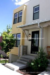 Fully Finished 4 bed Daybreak Townhome