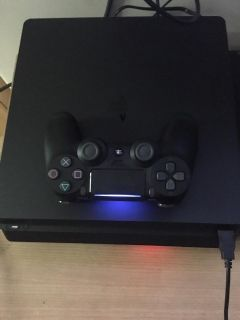 ps4 slim 500gb with controller and wires
