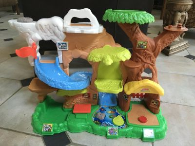Fisher price little people zoo talkers. No animals.