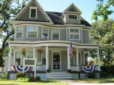 $499,000 Quill and Quilt Bed and Breakfast (Cannon Falls) $499000 7bd