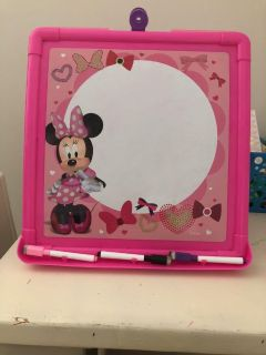 Minnie Mouse table easel