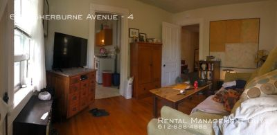 Cozy 1 Bedroom Apartment- Close to Light Rail