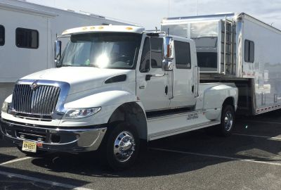 2006 International 4400 Pick-Up /Hauler By 2L Custom Trucks