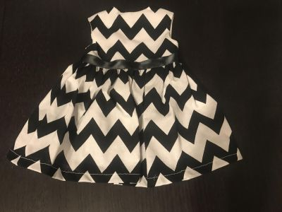Super Adorable Black & White Doll Dress Like New Condition for 18 Dolls $5.00