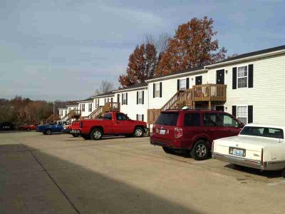 660 Westport Road Elizabethtown, 2 story 20 units apartment