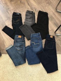 Lot of American Eagle jeans