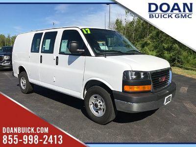 2017 GMC Savana 2500 Work Van (Summit White)