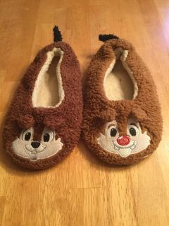 Disney chip & dale slippers sz 2/3
