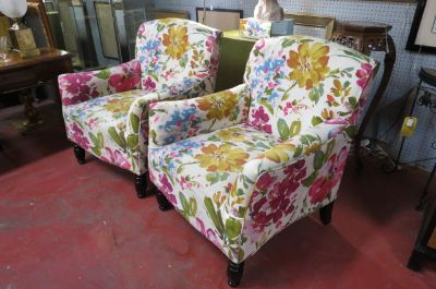 SALE! Vintage style pair of floral lounge chairs