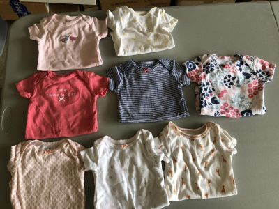 Onesies: 8 Carters, Size 9 months and 5 Gerber s, Size 12 months. 1 Little Wonders, Sleeper Gown, Size 3-6 months