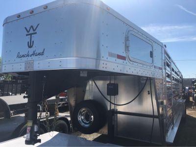 2020 Wilson Trailer - Manufacturers 20' RANCHHAND SLAT SIDE Livestock Trailers Elk Grove, CA
