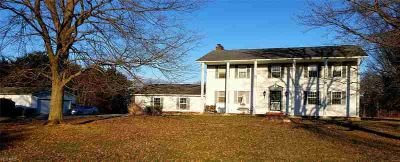 11964 Alpha Rd Hiram, Welcome to this Spacious Five BR 4