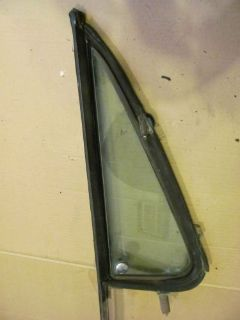 Purchase 1973-91 CHEVY K-5 BLAZER- OEM PASSENGER DOOR WING VENT WINDOW FRAME & GLASS ASS. motorcycle in Kansas City, Missouri, United States, for US $99.95