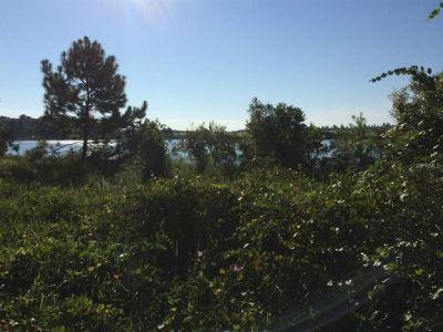 A rare find, lakefront acreage vacant land in Villa City