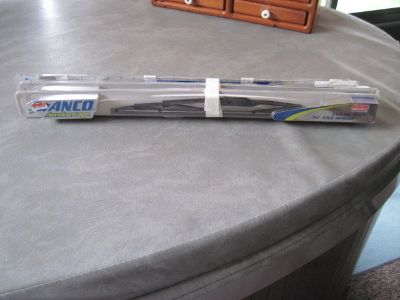 "18"" NEW wiper blades 4 of them"