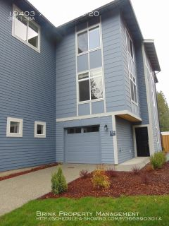 Gorgeous 3BR/2.5 BA Town Home.  Brand New Construction!!