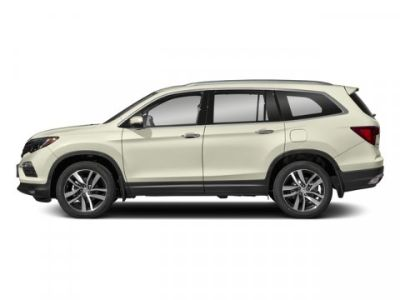 2018 Honda Pilot Touring (White Diamond Pearl)