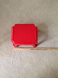 Rubbermaid step Stool up to 200 lbs