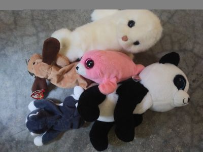 TY beanie babies set. Some large size