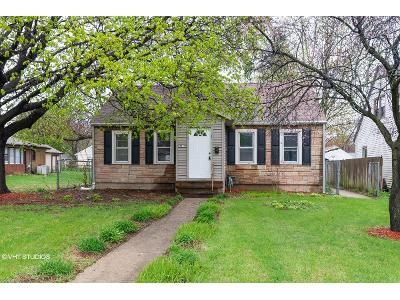 3 Bed 1 Bath Foreclosure Property in Rockford, IL 61103 - Latham St
