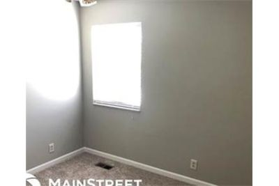 3 bedrooms House - This simply dreamy home has it all. Washer/Dryer Hookups!