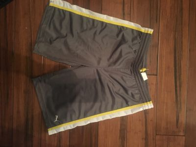 Puma Shorts Boy s Medium