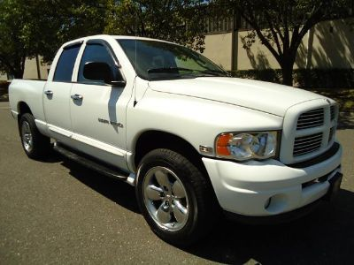 $2,000, 2004 LIKE NEW DODGE RAM 1500 -- HEMI white