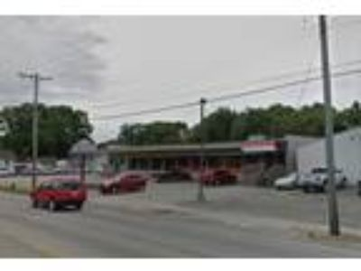 For Lease 2,200 SF Commercial Space For Lease