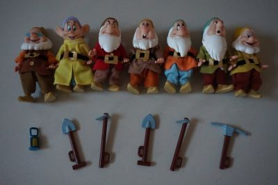 Disney Store Snow White Seven Dwarfs Musical Set Limited Edition With Doc That Whistles