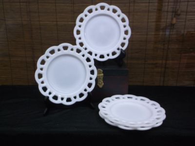 Vintage Milk Glass Lunch Plates