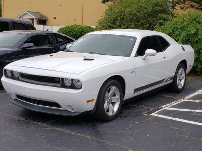2011 Dodge Challenger R/T (White)