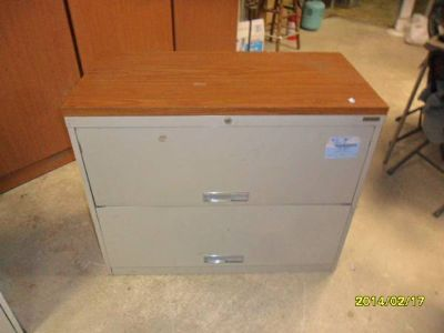 2-drawer Later File Cabinet wheavy wood laminate top