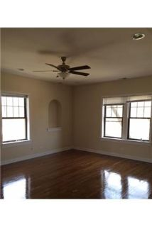 2 bathrooms \ 3 bedrooms \ Apartment - in a great area.