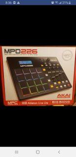 Akai MPD 226 Midi Controller