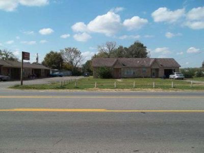 $325,000 Motel with house and trailer park (North Little Rock AR 72114)