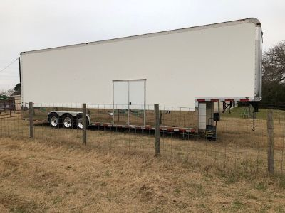 2005 Haulmark ProLine 44 Sprint Car Trailer