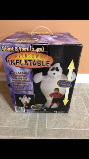 Giant 8 foot Airblown inflatable lights up ghost