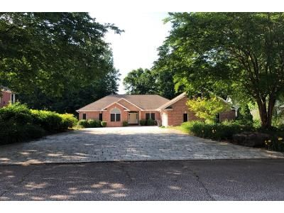 5 Bed 4 Bath Preforeclosure Property in Seneca, SC 29672 - Amethyst Way