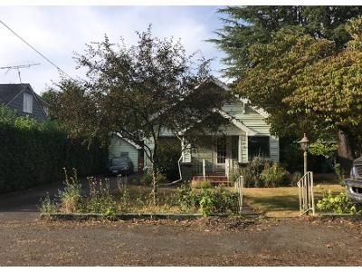 4 Bed 2 Bath Preforeclosure Property in Portland, OR 97220 - NE Beech St